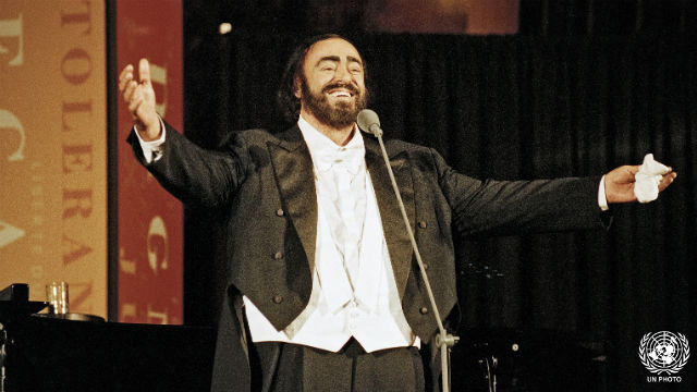 Pavarotti Commemorates 50th Anniversary of Universal Declaration of Human Rights