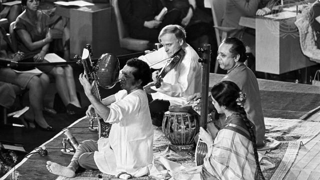 Ravi Shankar and Yehudi Menuhin in Concert